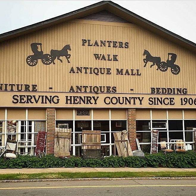 Planter's Walk Antique Mall